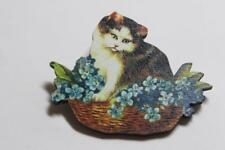 CG3471...WOODEN BROOCH OF A CAT - FREE UK P&P