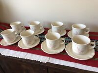 Set of 8 Pfaltzgraff Pink Tea Rose Stoneware Tea Cups Coffee Mugs & Saucers USA