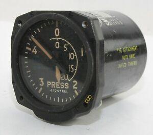 Pressure gauge for RAF Vulcan aircraft (GB6)