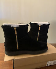 UGG CLASSIC MINI BLVD 1108143 BLACK SIZE 9, WOMAN'S BOOTS AUTHENTIC NEW