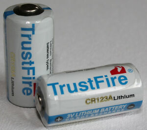 CR123A Lithium Battery Pack of Two 3.0V 1400mAh Good Quality Long Life plus Box