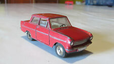 Opel Kadett berline Dinky Toys n° 540, made in France, d'époque