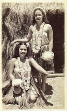 Vintage Old 1940's Photo of Pretty Hawaiian Girls Women in Grass Skirts Leis Hut