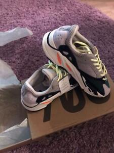 "Adidas Yeezy Boost 700 ""Wave Runner Solid Grey"""