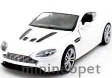 MOTORMAX 73357 ASTON MARTIN V12 VANTAGE 1/24 DIECAST WHITE