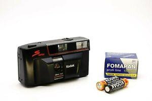 Kodak S Series S100 EF 35mm Lens 1:4.5 Point N Shoot Autofocus 35mm / Film Set