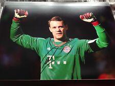 Manuel Neuer mano firmado 12 X 8 Foto portero Alemania Bayern Munich cert. de autenticidad