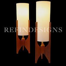 PAIR LARGE DANISH MODERN PEARSALL KAGAN JET AGE ATOMIC WALNUT TRIPOD TABLE LAMPS