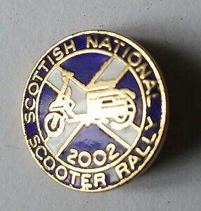 SCOTTISH NATIONAL SCOOTER RALLY 2002 PIN BADGE , LAMBRETTA , VESPA , SCOTLAND