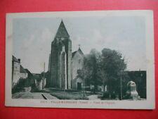 VILLEMANOCHE  :  La Place de l'Église.