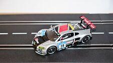 Carrera 27532 Evolution Audi r8 LMS #28 Audi Sport Team NEUF neuf dans sa boîte