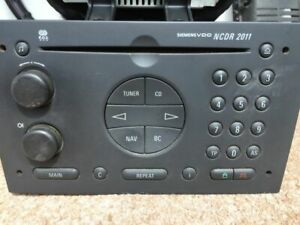 Opel Vivaro Autoradio Siemens VDO NCDR 2011 mit Monitor