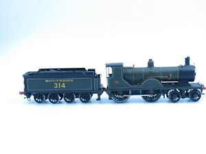 Metal Kit built Class T9  4-4-0 loco 314 Southern Livery -