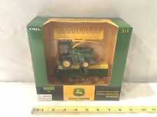 John Deere 7500 Forage Harvester With Wagons Set    By Ertl   1/64th Scale