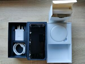 Huawei Mate 20 Pro 128 GB 6GB Ram Black Unlocked With Wireless Pod Bundle