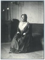 """H. Blancard, France, Portrait de Mlle. Grumbach - """"L'Arlésienne""""  Vintage p"""