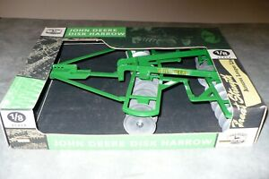 1/8 Scale JOHN DEERE Toy Disk Harrow SCALE MODELS NIB Tractor Implement