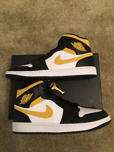 *New* [sz.9M U.S.] Nike Air Jordan 1 Mid White/Pollen-Black 554724-177