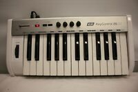 ESI KEYCONTROL 25 XT USB MIDI CONTROLLER KEYBOARD FOR SPARE AND REPAIR