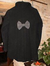 Joli manteau 3/4 avec noeud au dos By Monshowroom t.2 (38/40) en bon état