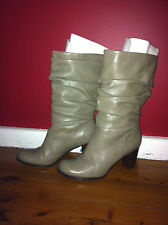 NATURALIZER COMFORT LEATHER MID CALF BOOTS SIZE: 8W GC