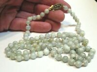 JADE NECKLACE STRING STRAND HANK KNOTTED VINTAGE VERY LIGHT GREEN MOTTLED