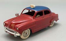 Dinky toys 24UT  : Simca Aronde taxi roue chromée  - Superbe état