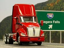 1/64 DCP RED KENWORTH T680 DAY CAB