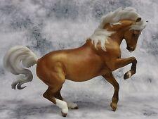 Breyer * Chanel *711224 Breyerfest Connemara Croi Damsha Traditional Model Horse