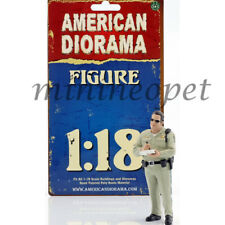 AMERICAN DIORAMA HIGHWAY PATROL OFFICER FIGURE 1/18 WRITING TICKET AD-77463