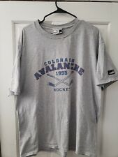 Vintage Colorado Avalanche 90's Athletic NHL Hockey Puma TShirt - L