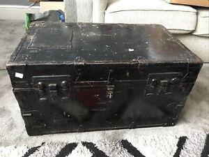 Vintage wooden trunk/chest
