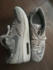 Nike Woman Print Grey Trainers Size 4