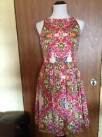 MAGGY LONDON 100% Polyester Floral Print Dress SZ 4 Made in Vietnam