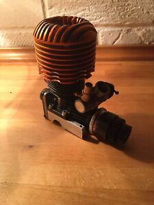 LOSI LST2 1/8th SCALE RADIO NITRO MONSTER TRUCK ENGINE HPI SAVAGE