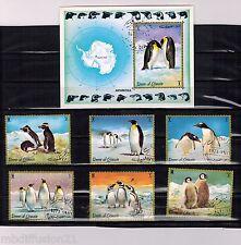 1972 - UMM AL QIWAIN TIMBRES+1 BLOCS**OBL./PINGOUIN - ANTARTIC