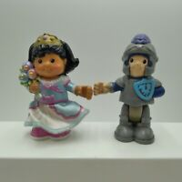 Fisher Price Little People 3.5 inch Bendable Sonja Lee and Eddie Free Shipping