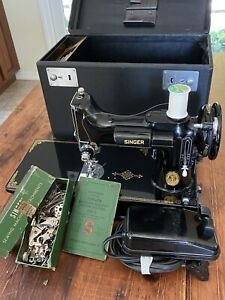 Vintage 1950 Singer 221-1 Featherweight Sewing Machine Excellent Cond. w/ Extras