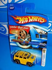 Hot Wheels 2005 First Editions Blings #37 Hummer H3 Yellow w/ FTEs
