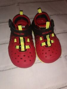 Red And Black Stride Rite Phibian Shoes Toddler Boy Size US 4