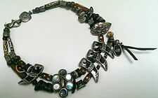 Reminiscense necklace with brown beads