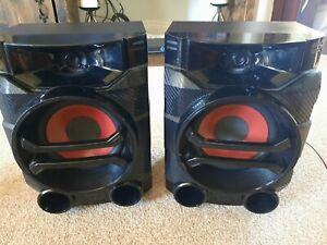 "LG CMS4360F Black red Bookshelf Stereo Pair Speakers 11"" x 8"" FREEPOST"