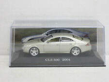 Mercedes-Benz CLS 500 in gelbsilber, o.OVP + Vitrine, IXO / De Agostini, 1:43