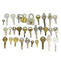 Lot Of 30 Vintage Old Luggage Keys American Tourister Crest Presto Lock Curtis