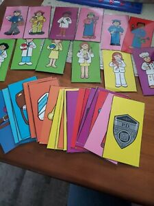 Carson Dellosa Pockets Chart cards - Community helpers and their tools