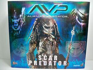 AVP SCAR PREDATOR HOT TOYS 1/6 FIGURE STATUE MMS08 SIDESHOW ALIENS VS RARE NEW