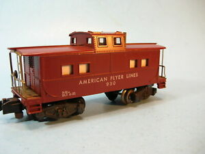 S Scale 1951  AMERICAN FLYER AFL930 LIGHTED CABOOSE