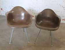Pair Herman Miller Eames Molded Fiberglass DAX Arm Shell Chairs with H Base in S
