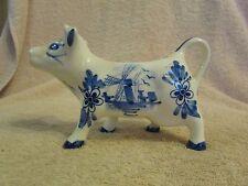 Vintage Collectable Decorative Porcelain Blue & White Cow