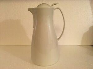 PAMPERED CHEF Carafe LEIFHEIT Thermal Hot Cold Coffee Tea Server 1 L/33 Oz White